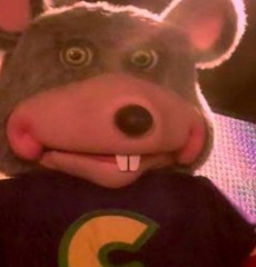chuck-e-cheese-horror-stories